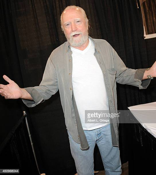 Actor Scott Wilson attends Wizard World Philadelphia Comic Con 2014 Day 2 held at Pennsylvania Convention Center on June 20 2014 in Philadelphia...