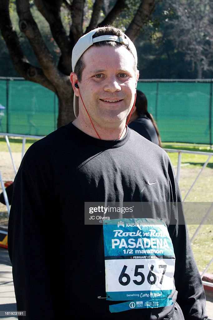 Actor <a gi-track='captionPersonalityLinkClicked' href=/galleries/search?phrase=Sean+Astin&family=editorial&specificpeople=201989 ng-click='$event.stopPropagation()'>Sean Astin</a> attends the Kaiser Permanente Rock 'N' Roll Pasadena half marathon benefiting CureMito! at Rose Bowl on February 17, 2013 in Pasadena, California.