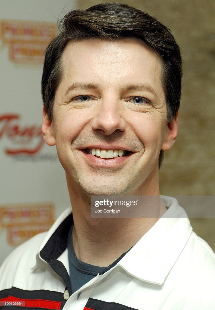 Actor Sean Hayes attends a portrait unveiling for him and actress and Kristin Chenoweth at Tony's di Napoli on May 20, 2010 in New York City.