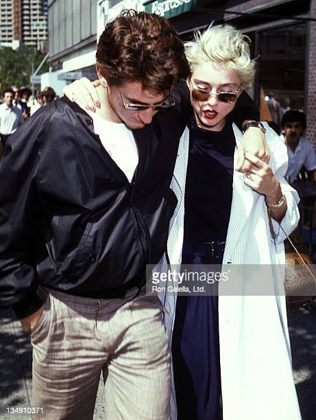 Actor Sean Penn and singer Madonna break for lunch from the rehearsals for the Lincoln Center workshop production of 'Goose and Tomtom' on August 13...