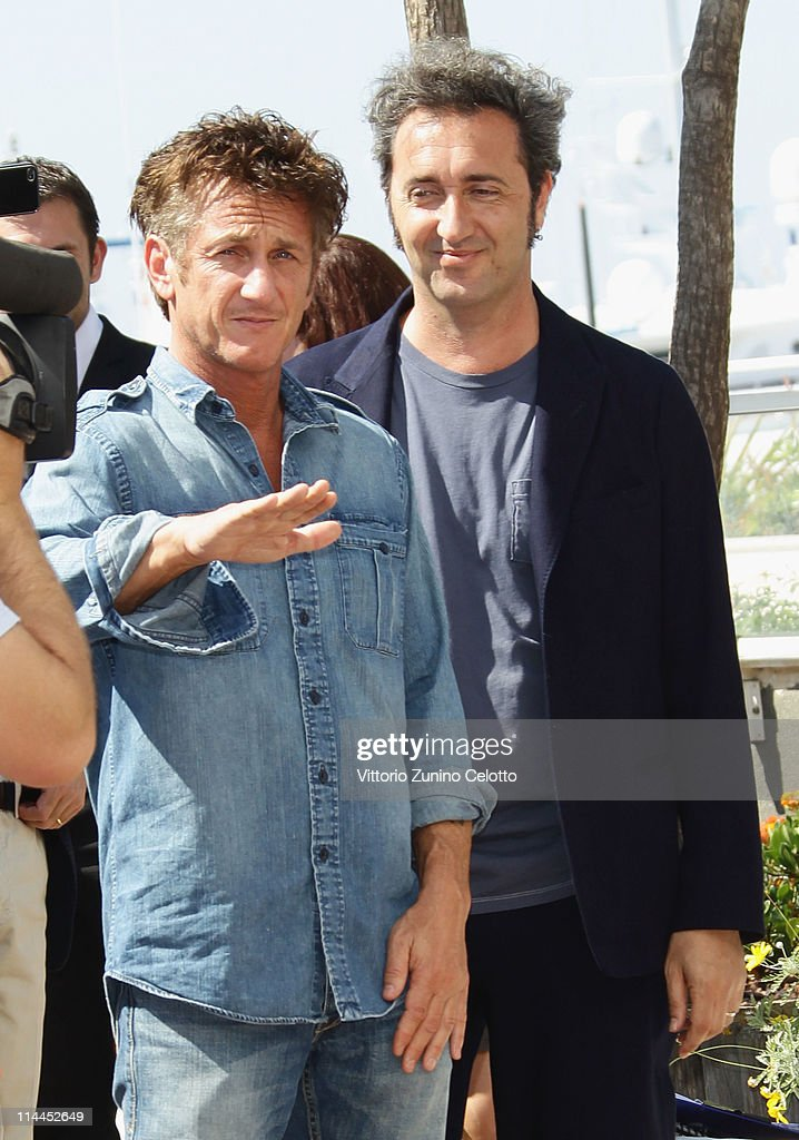 Actor <a gi-track='captionPersonalityLinkClicked' href=/galleries/search?phrase=Sean+Penn&family=editorial&specificpeople=202979 ng-click='$event.stopPropagation()'>Sean Penn</a> attends sthe 'This Must Be The Place' photocall during the 64th Annual Cannes Film Festival at Palais des Festivals on May 20, 2011 in Cannes, France.