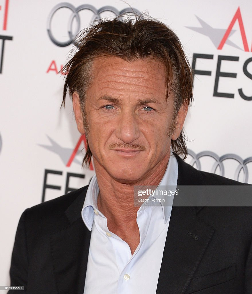 Actor <a gi-track='captionPersonalityLinkClicked' href=/galleries/search?phrase=Sean+Penn&family=editorial&specificpeople=202979 ng-click='$event.stopPropagation()'>Sean Penn</a> attends the AFI FEST 2013 Presented By Audi Premiere Of 'The Secret Life of Walter Mitty' at TCL Chinese Theatre on November 13, 2013 in Hollywood, California.