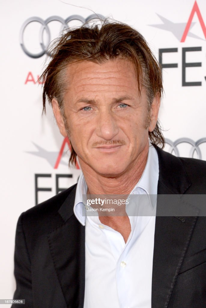 Actor <a gi-track='captionPersonalityLinkClicked' href=/galleries/search?phrase=Sean+Penn&family=editorial&specificpeople=202979 ng-click='$event.stopPropagation()'>Sean Penn</a> attends the premiere of 'The Secret Life of Walter Mitty' during AFI FEST 2013 presented by Audi at TCL Chinese Theatre on November 13, 2013 in Hollywood, California.