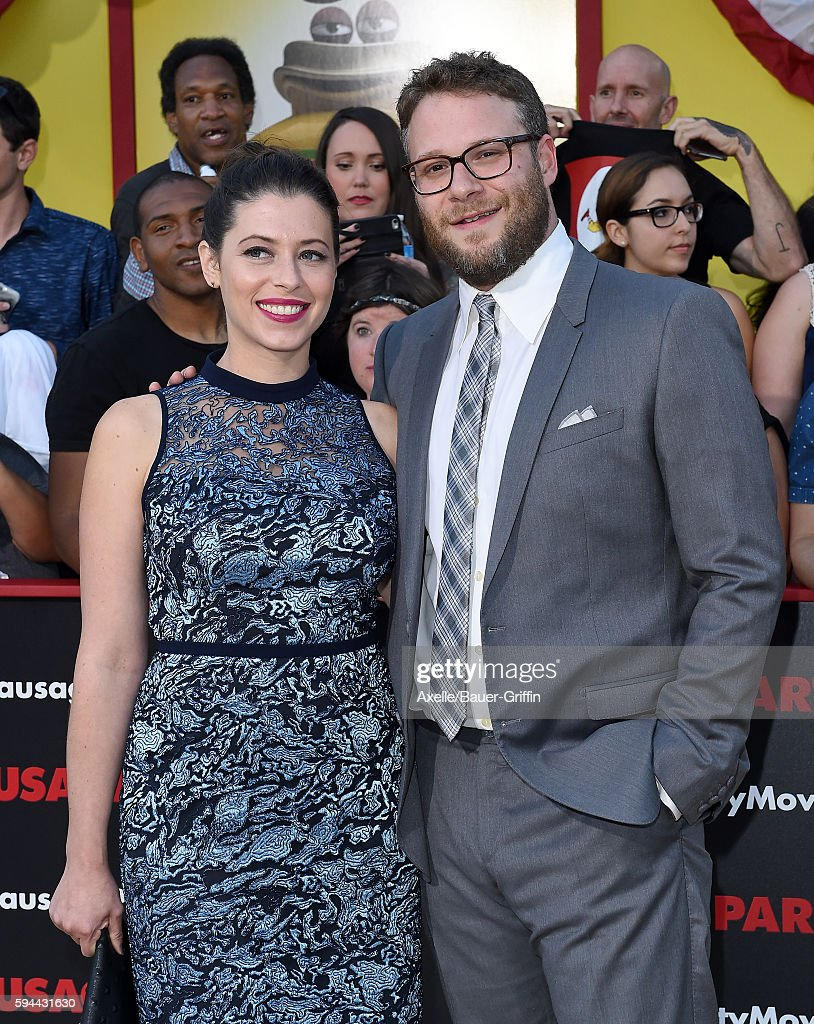 Actor Seth Rogen and wife Lauren Miller arrive at the premiere of Sony's 'Sausage Party' at Regency Village Theatre on August 9 2016 in Westwood...