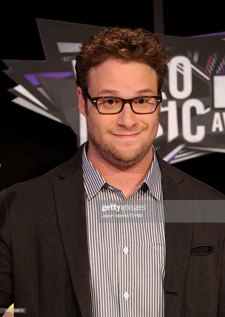Actor Seth Rogen arrives at the 2011 MTV Video Music Awards at Nokia Theatre L.A. LIVE on August 28, 2011 in Los Angeles, California.