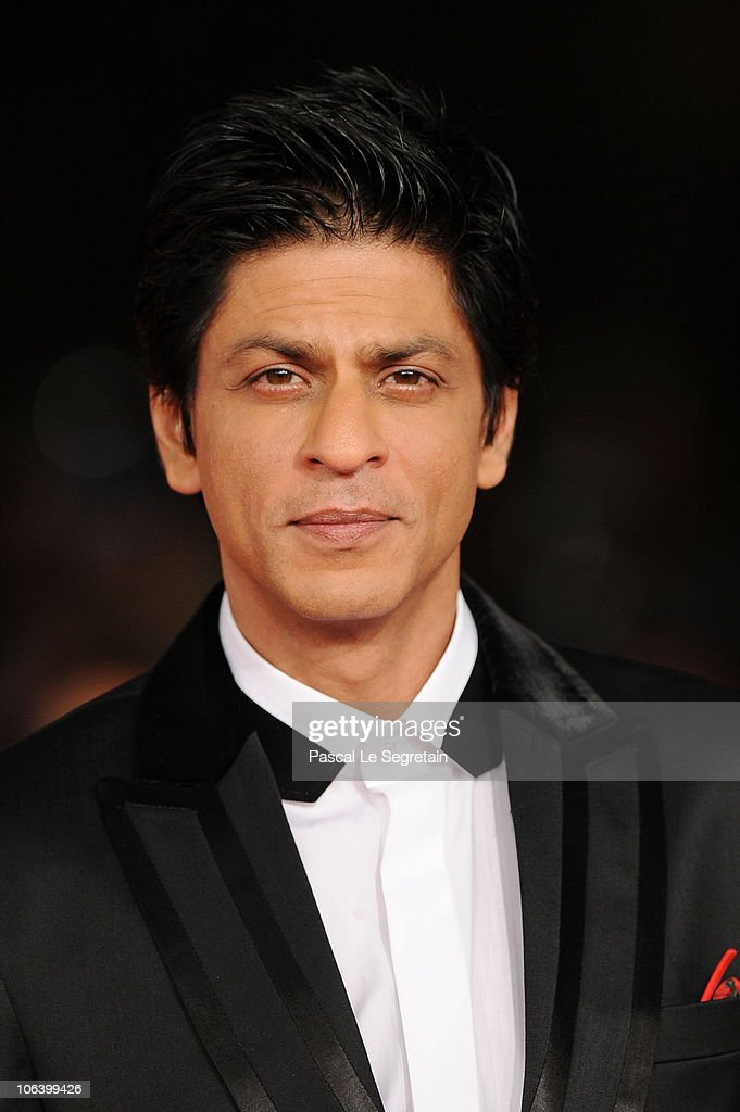Actor <a gi-track='captionPersonalityLinkClicked' href=/galleries/search?phrase=Shah+Rukh+Khan&family=editorial&specificpeople=664337 ng-click='$event.stopPropagation()'>Shah Rukh Khan</a> attends the 'My Name Is Khan' premiere during the 5th International Rome Film Festival at Auditorium Parco Della Musica on October 31, 2010 in Rome, Italy.