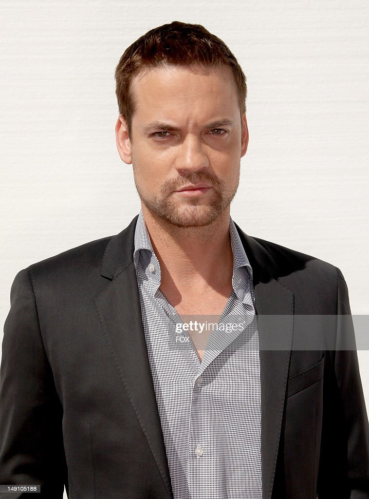 Actor <a gi-track='captionPersonalityLinkClicked' href=/galleries/search?phrase=Shane+West&family=editorial&specificpeople=223968 ng-click='$event.stopPropagation()'>Shane West</a> attends the FOX 2012 Teen Choice Awards at Gibson Amphitheatre on July 22, 2012 in Los Angeles, California.