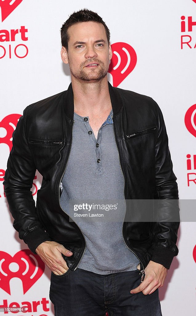 Actor <a gi-track='captionPersonalityLinkClicked' href=/galleries/search?phrase=Shane+West&family=editorial&specificpeople=223968 ng-click='$event.stopPropagation()'>Shane West</a> poses in the press room at the iHeartRadio Music Festival at the MGM Grand Garden Arena September 21, 2012 in Las Vegas, Nevada.