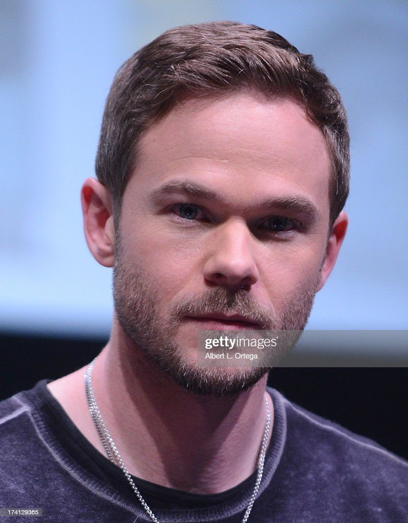 Actor <a gi-track='captionPersonalityLinkClicked' href=/galleries/search?phrase=Shawn+Ashmore&family=editorial&specificpeople=229029 ng-click='$event.stopPropagation()'>Shawn Ashmore</a> speaks at the 20th Century Fox 'X-Men: Days of Future Past' panel during Comic-Con International 2013 at San Diego Convention Center on July 20, 2013 in San Diego, California.