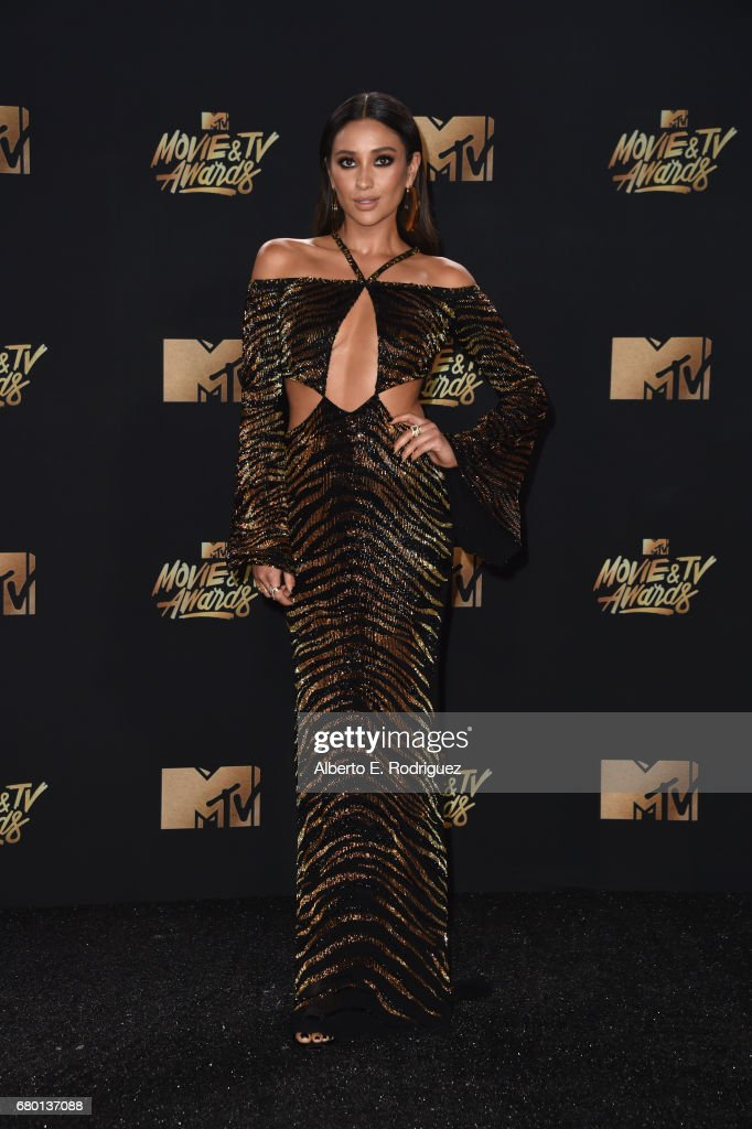 Actor Shay Mitchell attends the 2017 MTV Movie And TV Awards at The Shrine Auditorium on May 7, 2017 in Los Angeles, California.