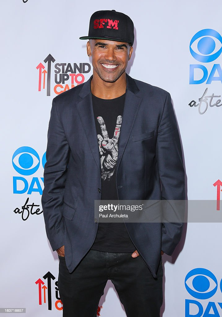 Actor <a gi-track='captionPersonalityLinkClicked' href=/galleries/search?phrase=Shemar+Moore&family=editorial&specificpeople=615750 ng-click='$event.stopPropagation()'>Shemar Moore</a> attends the CBS After Dark with an evening of laughter benefiting Stand Up To Cancer at The Comedy Store on October 8, 2013 in West Hollywood, California.