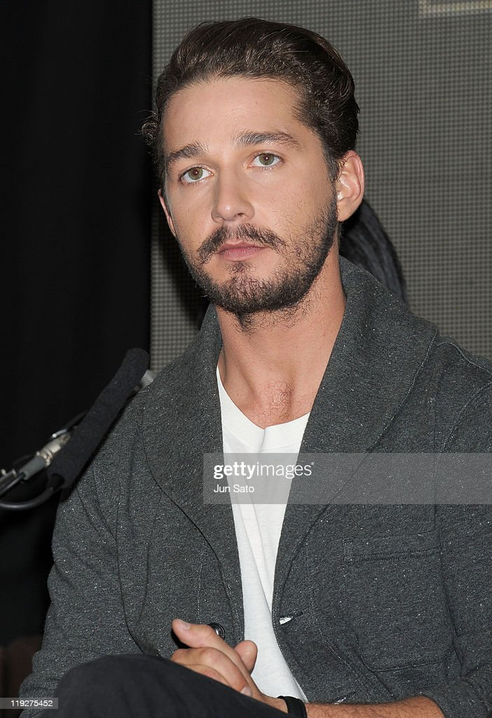 Actor <a gi-track='captionPersonalityLinkClicked' href=/galleries/search?phrase=Shia+LaBeouf&family=editorial&specificpeople=233442 ng-click='$event.stopPropagation()'>Shia LaBeouf</a> attends the 'Transformers: Dark of the Moon' press conference at the St. Regis Hotel Osaka on July 16, 2011 in Osaka, Japan. The film will open on July 29 in Japan.