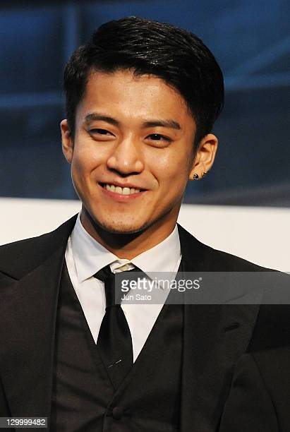 Actor Shun Oguri attends the 24th Tokyo International Film Festival Opening Ceremony at Roppongi Hills on October 22 2011 in Tokyo Japan