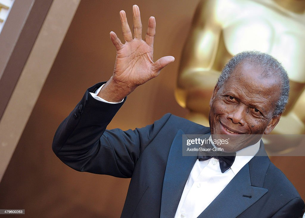 Actor <a gi-track='captionPersonalityLinkClicked' href=/galleries/search?phrase=Sidney+Poitier&family=editorial&specificpeople=94086 ng-click='$event.stopPropagation()'>Sidney Poitier</a> arrives at the 86th Annual Academy Awards at Hollywood & Highland Center on March 2, 2014 in Hollywood, California.