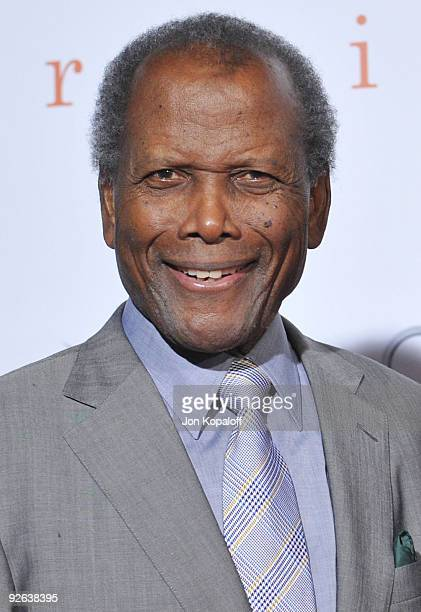 Actor Sidney Poitier arrives at the Los Angeles Premiere 'Precious Based On The Novel Push By Sapphire' at Grauman's Chinese Theatre on November 1...