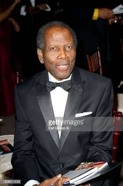 Actor Sidney Poitier is honored at 'An Artful Evening At CAAM' at California African American Museum on October 6 2012 in Los Angeles California