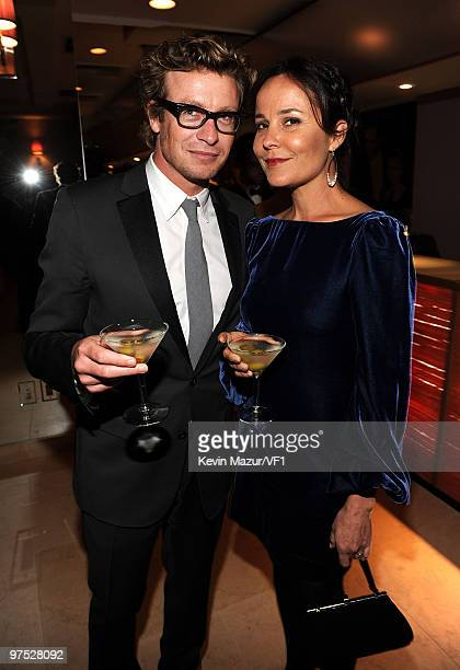 WEST HOLLYWOOD CA MARCH 07 *EXCLUSIVE* Actor Simon Baker and Rebecca Rigg attend the 2010 Vanity Fair Oscar Party hosted by Graydon Carter at the...