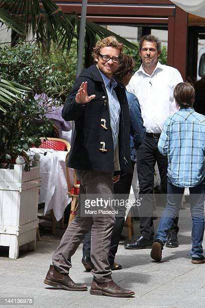 Actor Simon Baker arrives at the 'La Cigale Recamier' restaurant on May 10 2012 in Paris France