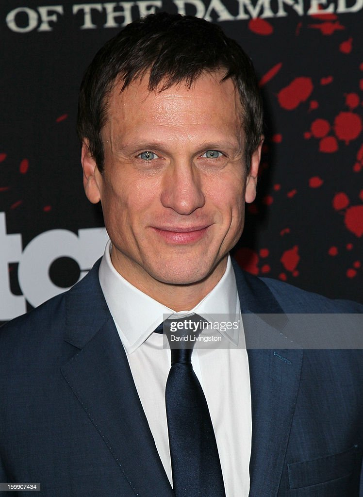 Actor Simon Merrells attends the premiere of Starz's 'Spartacus: War of the Damned' at Regal Cinemas L.A. Live on January 22, 2013 in Los Angeles, California.