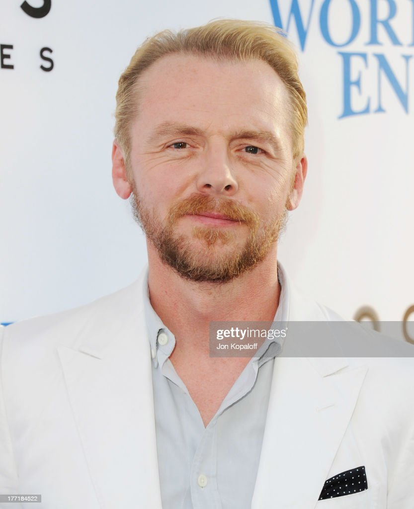 Actor <a gi-track='captionPersonalityLinkClicked' href=/galleries/search?phrase=Simon+Pegg&family=editorial&specificpeople=206280 ng-click='$event.stopPropagation()'>Simon Pegg</a> arrives at the Los Angeles Premiere 'The World's End' at ArcLight Cinemas Cinerama Dome on August 21, 2013 in Hollywood, California.