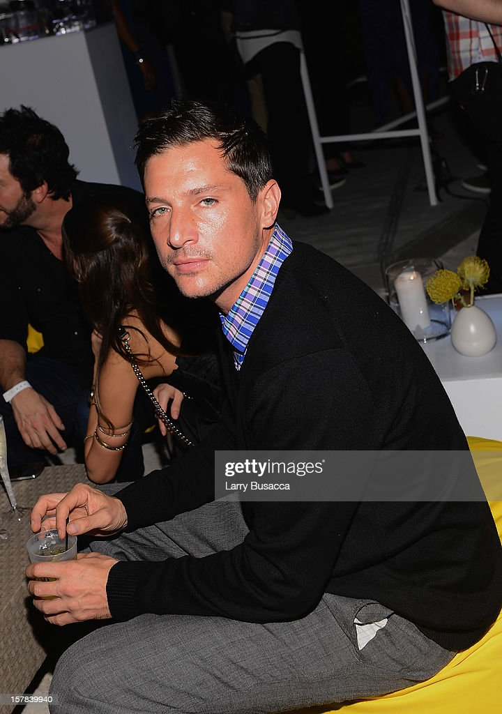 Actor <a gi-track='captionPersonalityLinkClicked' href=/galleries/search?phrase=Simon+Rex&family=editorial&specificpeople=208653 ng-click='$event.stopPropagation()'>Simon Rex</a> attends the Carrera Cocktail Party hosted by AD Oasis at The Raleigh on December 6, 2012 in Miami, Florida.