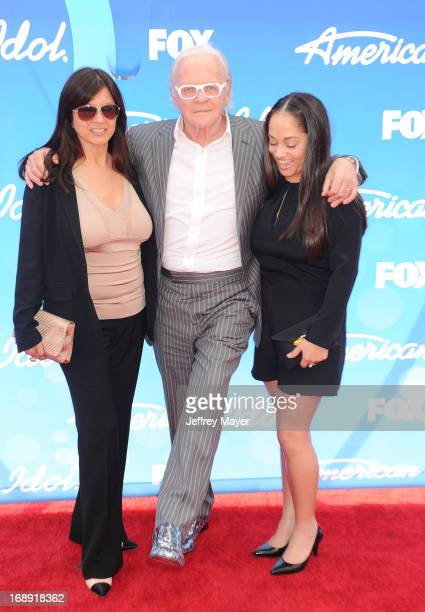 Actor Sir Anthony Hopkins wife Stella Arroyave and niece arrive at FOX's 'American Idol' Grand Finale at Nokia Theatre LA Live on May 16 2013 in Los...