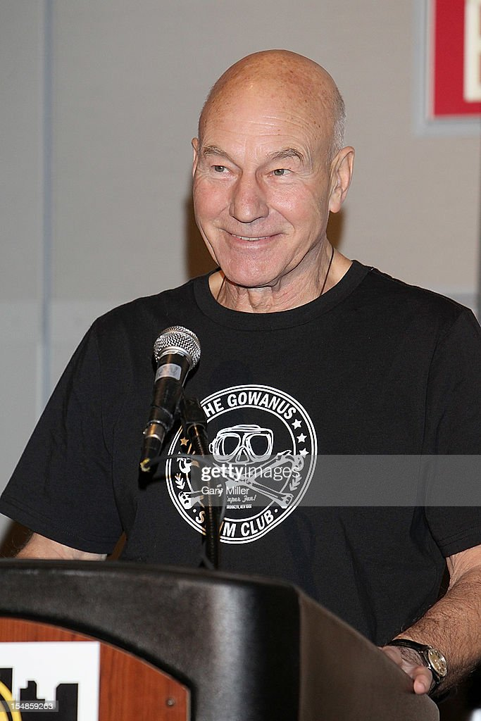 Actor Sir <a gi-track='captionPersonalityLinkClicked' href=/galleries/search?phrase=Patrick+Stewart&family=editorial&specificpeople=203271 ng-click='$event.stopPropagation()'>Patrick Stewart</a> speaks during the Wizard World Austin Comic Convention at the Austin Convention Center on October 27, 2012 in Austin, Texas.