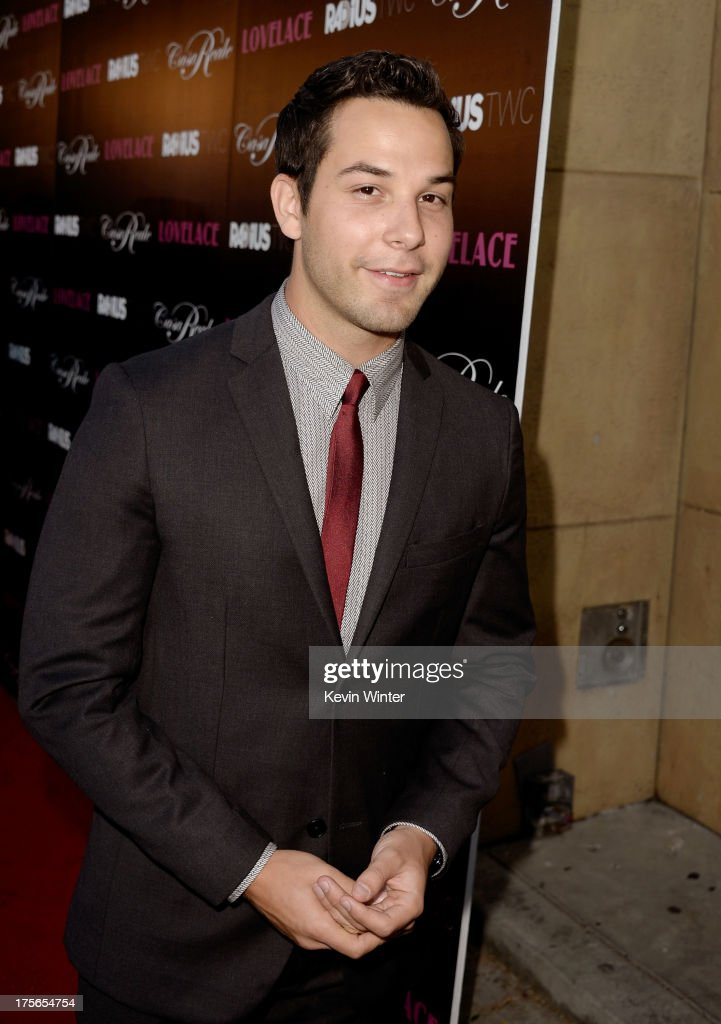Actor <a gi-track='captionPersonalityLinkClicked' href=/galleries/search?phrase=Skylar+Astin&family=editorial&specificpeople=4463360 ng-click='$event.stopPropagation()'>Skylar Astin</a> arrives at the premiere of RADiUS-TWC's 'Lovelace' at the Egyptian Theatre on August 5, 2013 in Hollywood, California.