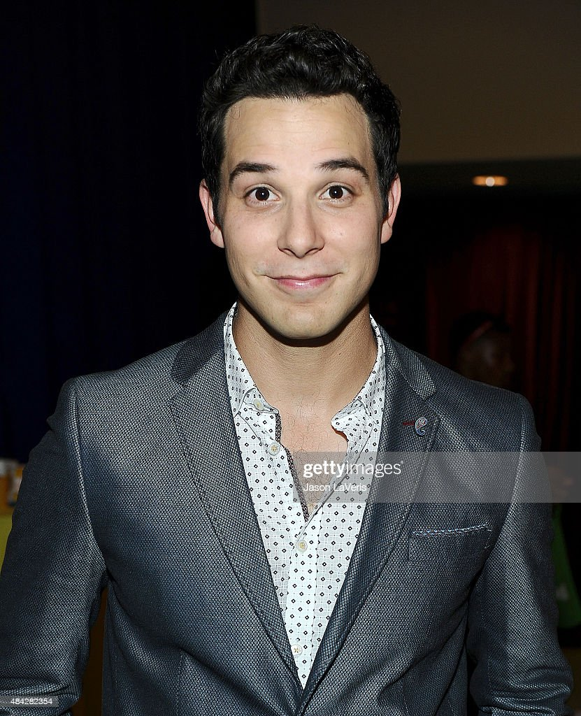 Actor Skylar Astin poses in the green room at the 2015 Teen Choice Awards at Galen Center on August 16, 2015 in Los Angeles, California.