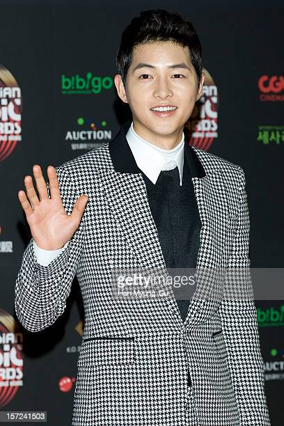 Actor Song JoongKi attends the 2012 Mnet Asian Music Awards Red Carpet on November 30 2012 in Hong Kong Hong Kong