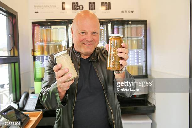 Actor / Soupure investor Michael Chiklis attends the Soupure opening of its first kiosk at Brentwood Town Center on April 23 2015 in Brentwood...
