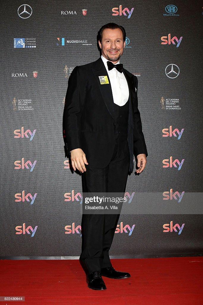 Actor Stefano Accorsi arrives at the 60. David di Donatello ceremony on April 18, 2016 in Rome, Italy.