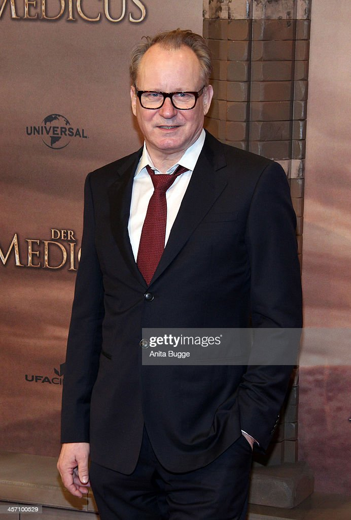 Actor <a gi-track='captionPersonalityLinkClicked' href=/galleries/search?phrase=Stellan+Skarsgard&family=editorial&specificpeople=233516 ng-click='$event.stopPropagation()'>Stellan Skarsgard</a> attends the 'The Physician' German premiere at Zoo Palast on December 16, 2013 in Berlin, Germany.