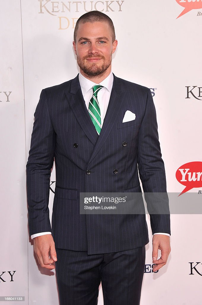 Actor <a gi-track='captionPersonalityLinkClicked' href=/galleries/search?phrase=Stephen+Amell&family=editorial&specificpeople=4500297 ng-click='$event.stopPropagation()'>Stephen Amell</a> attends the 139th Kentucky Derby at Churchill Downs on May 4, 2013 in Louisville, Kentucky.