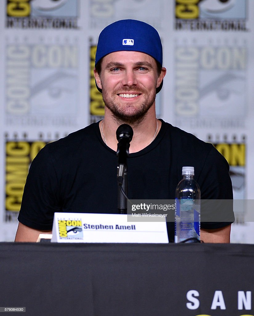 "Comic-Con International 2016 - ""Arrow"" Special Video Presentation And Q&A"