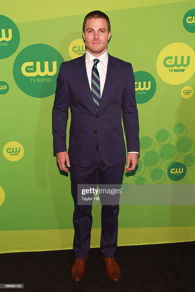 Actor <a gi-track='captionPersonalityLinkClicked' href=/galleries/search?phrase=Stephen+Amell&family=editorial&specificpeople=4500297 ng-click='$event.stopPropagation()'>Stephen Amell</a> attends The CW Network's New York 2013 Upfront Presentation at The London Hotel on May 16, 2013 in New York City.