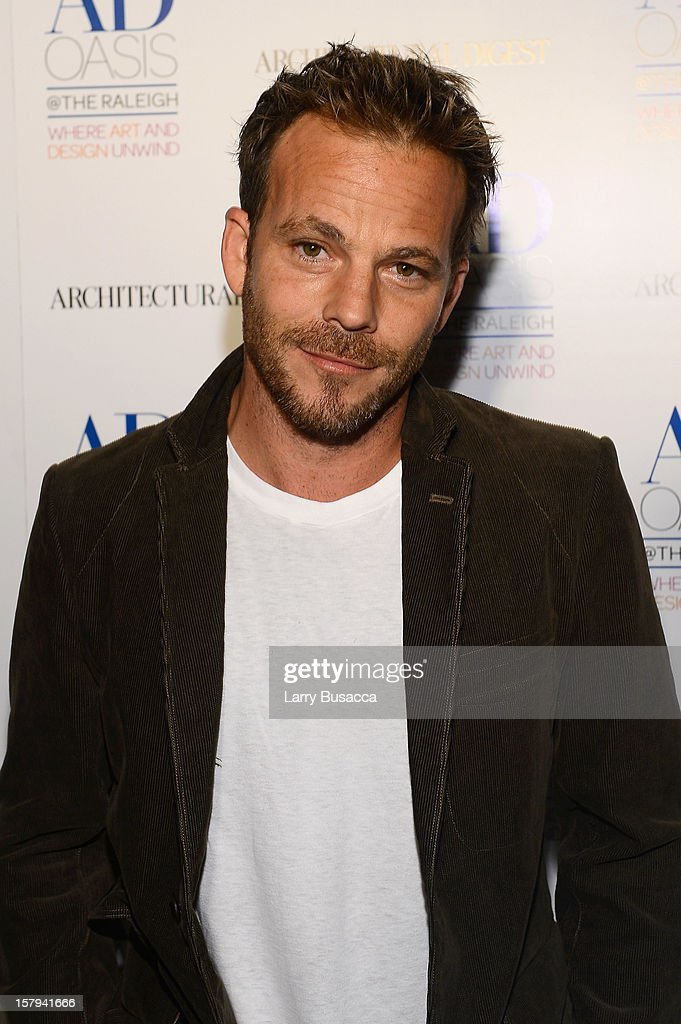 Actor <a gi-track='captionPersonalityLinkClicked' href=/galleries/search?phrase=Stephen+Dorff&family=editorial&specificpeople=206430 ng-click='$event.stopPropagation()'>Stephen Dorff</a> arrives to AD Oasis & Sunbrella host Cocktail Party Celebrating AD100 Designer Mark Cunningham at The Raleigh on December 7, 2012 in Miami, Florida.
