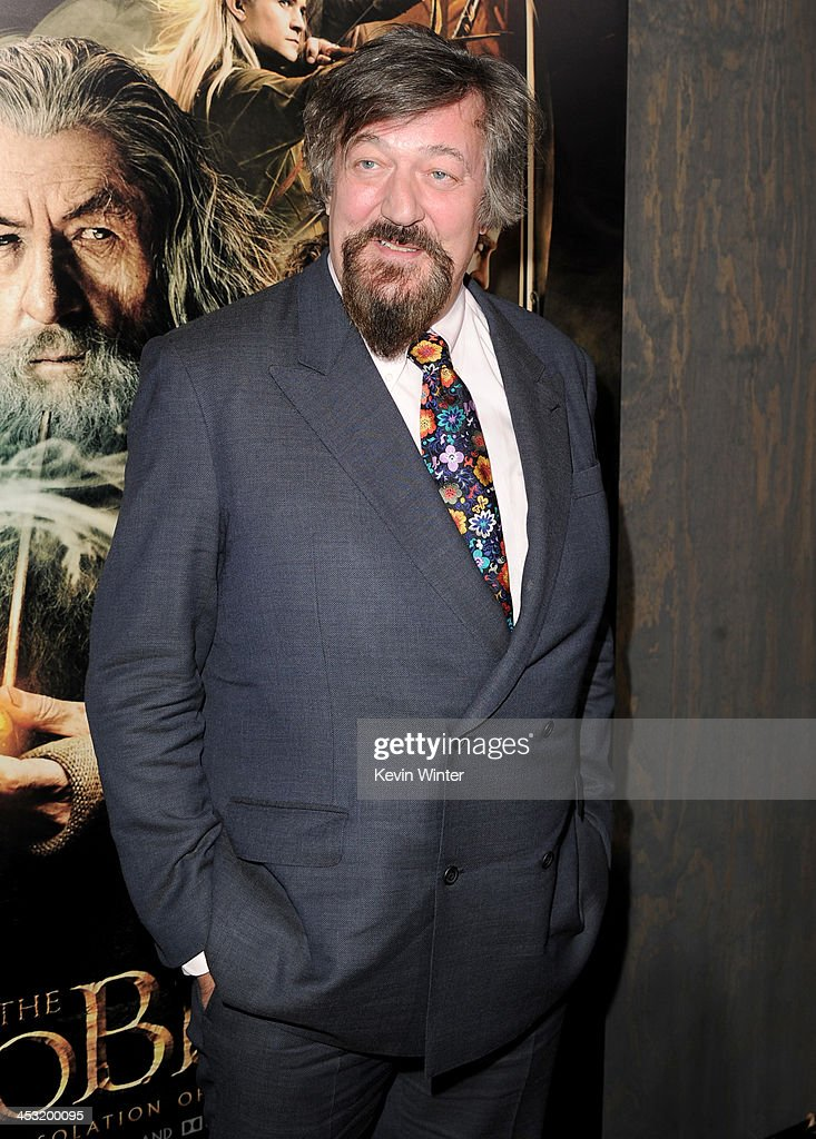 Actor <a gi-track='captionPersonalityLinkClicked' href=/galleries/search?phrase=Stephen+Fry&family=editorial&specificpeople=210809 ng-click='$event.stopPropagation()'>Stephen Fry</a> attends the premiere of Warner Bros' 'The Hobbit: The Desolation of Smaug' at TCL Chinese Theatre on December 2, 2013 in Hollywood, California.