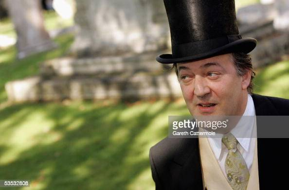 Actor Stephen Fry attends the wedding of musician Jools Holland and Christabel McEwen at St James's Church on August 30 2005 in Cooling England The...