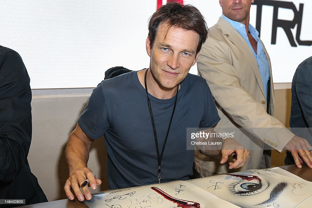 Actor <a gi-track='captionPersonalityLinkClicked' href=/galleries/search?phrase=Stephen+Moyer&family=editorial&specificpeople=4323688 ng-click='$event.stopPropagation()'>Stephen Moyer</a> attends the 'True Blood' signing at San Diego Convention Center on July 14, 2012 in San Diego, California.