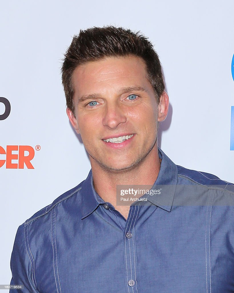 Actor Steve Burton attends the CBS After Dark with an evening of laughter benefiting Stand Up To Cancer at The Comedy Store on October 8, 2013 in West Hollywood, California.