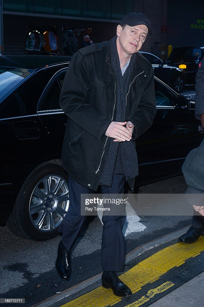 Actor <a gi-track='captionPersonalityLinkClicked' href=/galleries/search?phrase=Steve+Buscemi&family=editorial&specificpeople=207107 ng-click='$event.stopPropagation()'>Steve Buscemi</a> enters the 'Good Morning America' taping at the ABC Times Square Studios on March 15, 2013 in New York City.