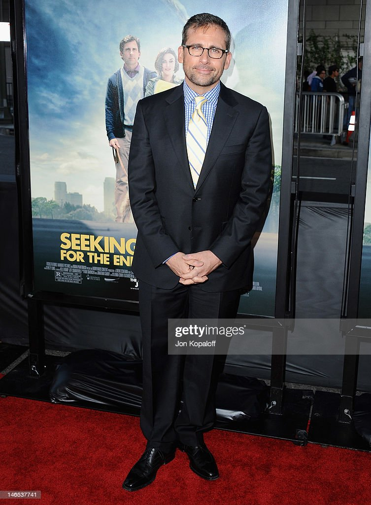 Actor <a gi-track='captionPersonalityLinkClicked' href=/galleries/search?phrase=Steve+Carell&family=editorial&specificpeople=595491 ng-click='$event.stopPropagation()'>Steve Carell</a> arrives at the 2012 Los Angeles Film Festival - 'Seeking A Friend For The End Of The World' at Regal Cinemas L.A. Live on June 18, 2012 in Los Angeles, California.