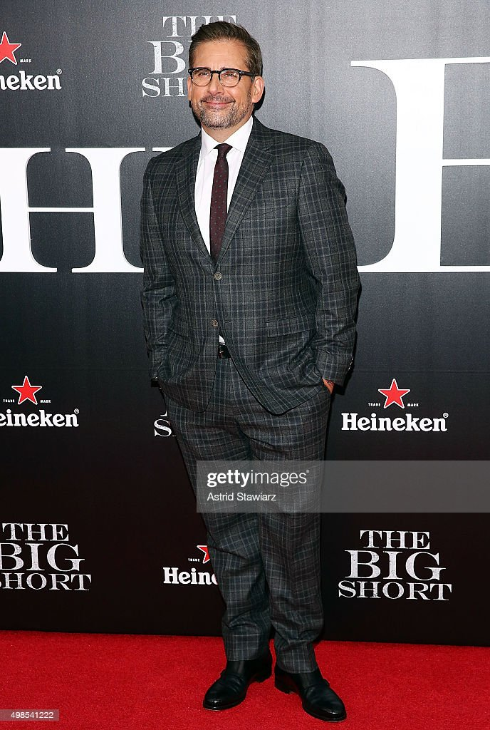 Actor <a gi-track='captionPersonalityLinkClicked' href=/galleries/search?phrase=Steve+Carell&family=editorial&specificpeople=595491 ng-click='$event.stopPropagation()'>Steve Carell</a> attends 'The Big Short' New York premiere at Ziegfeld Theater on November 23, 2015 in New York City.