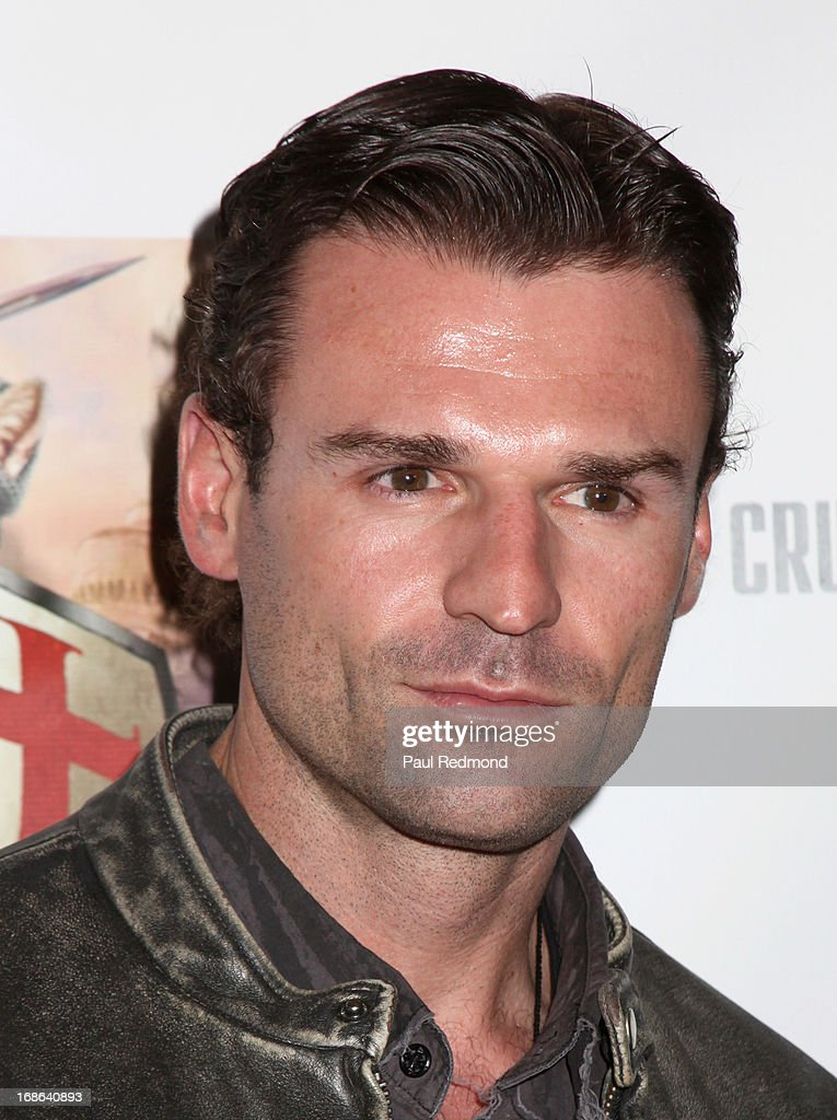 Actor Steve Dunleavy attends the 'Cinco De Gato' charity event at La Descarga on May 5, 2013 in Hollywood, California.