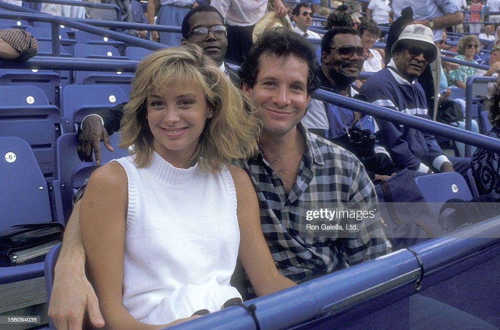 Steve Guttenberg Wife