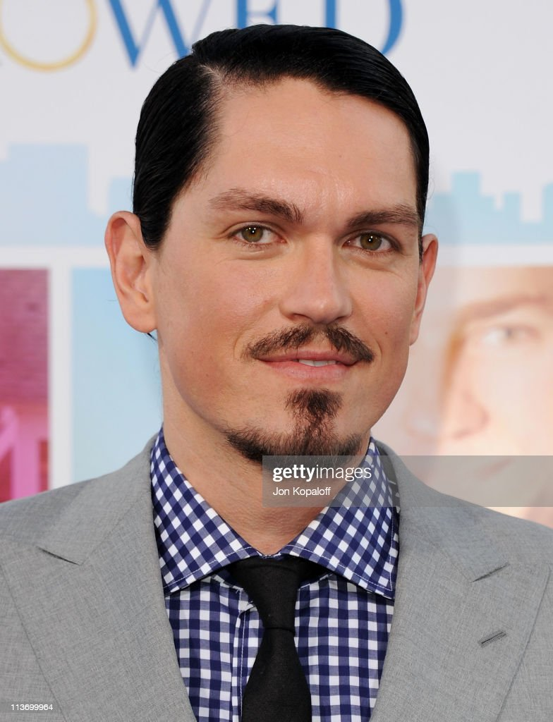 Actor Steve Howey arrives at the Los Angeles Premiere 'Something Borrowed' at Grauman's Chinese Theatre on May 3, 2011 in Hollywood, California.