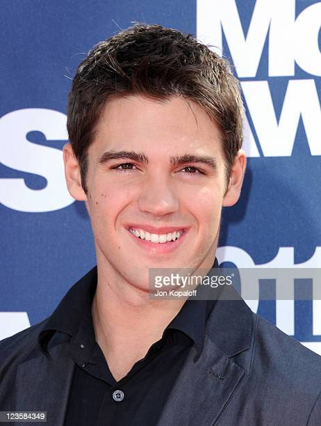 Actor Steven R McQueen arrives at the 2011 MTV Movie Awards at Gibson Amphitheatre on June 5 2011 in Universal City California