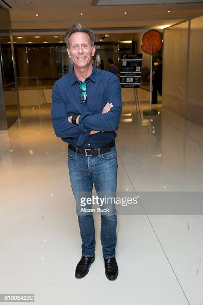 Actor Steven Weber attends the Stray Cat Alliance Presents Benefit Performance Of Celebrity Autobiography at CAA on September 23 2016 in Los Angeles...