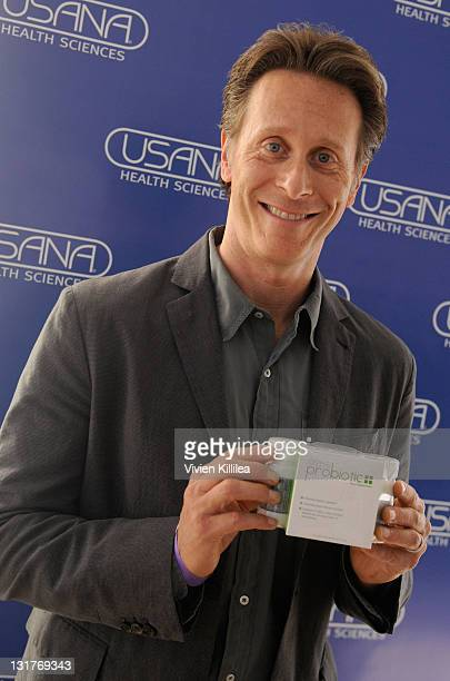 Actor Steven Weber attends USANA at Kari Feinstein's Academy Awards Style Lounge at Montage Beverly Hills on February 24 2011 in Beverly Hills...